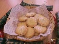 Mince pies and crackers